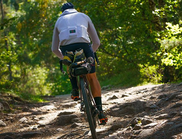 cafedu/cmsbuilder/men-cycling-clothing-090320-05.jpg