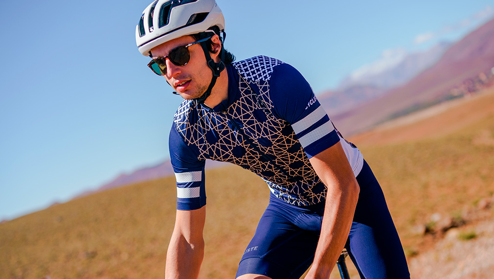 cafedu/cmsbuilder/men-cycling-clothing-10092029-01.jpg