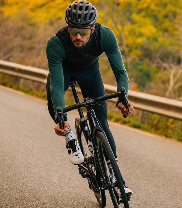 cafedu/cmsbuilder/men-cycling-clothing-13022020-03.jpg