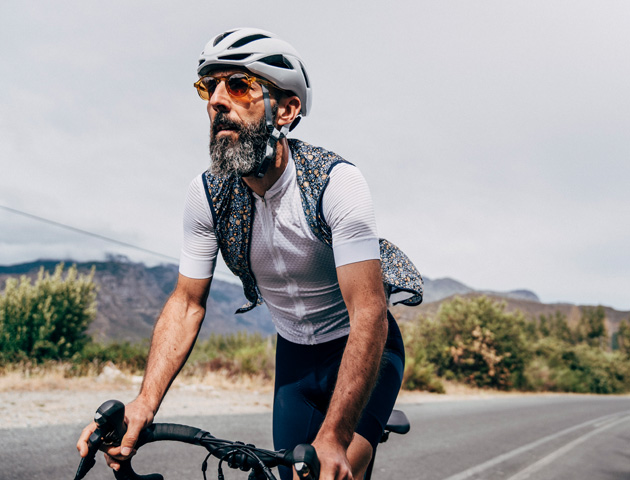 cafedu/cmsbuilder/men-cycling-clothing-250320-09.jpg