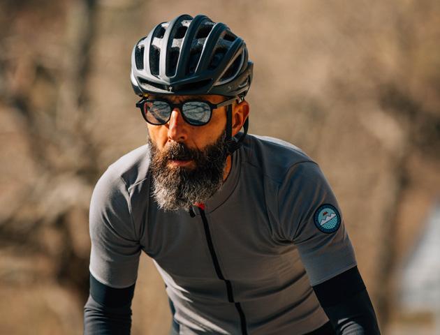 cafedu/cmsbuilder/men-cycling-clothing-250320-11.jpg