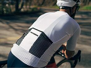 cafedu/cmsbuilder/men-cycling-clothing-block-200520-10B_1.jpg