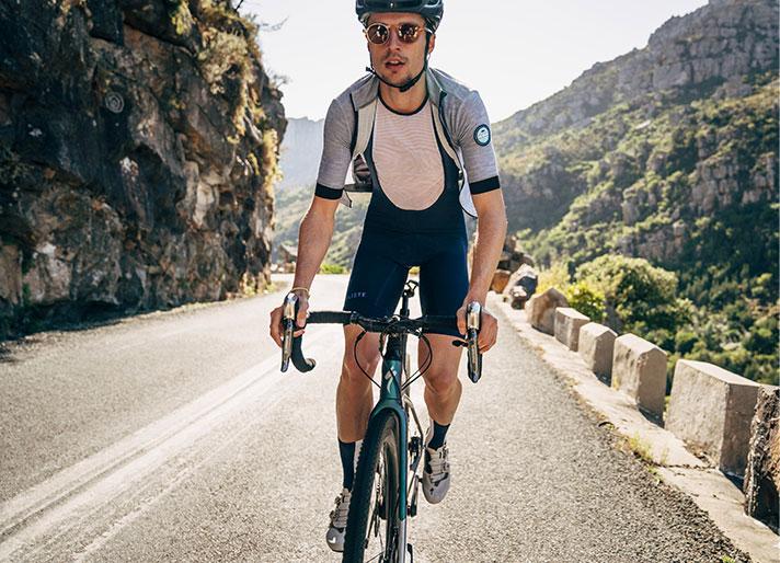 cafedu/cmsbuilder/men-cycling-clothing-block-200520-7A_1.jpg