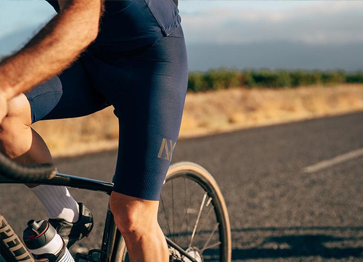 cafedu/cmsbuilder/men-cycling-clothing-block-200520-7C_1.jpg