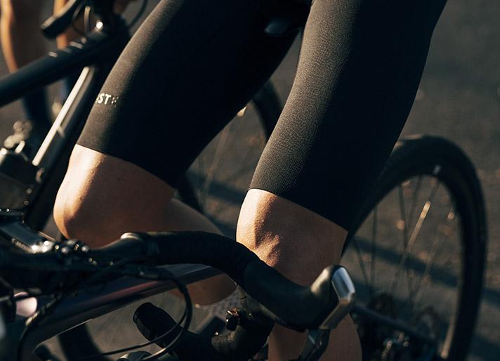 cafedu/cmsbuilder/men-cycling-clothing-block-200520-7E_1.jpg