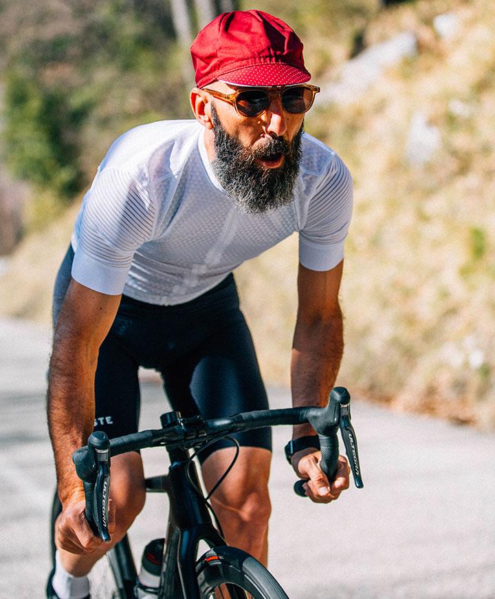 cafedu/cmsbuilder/men-cycling-clothing-block-280520-4B.jpg