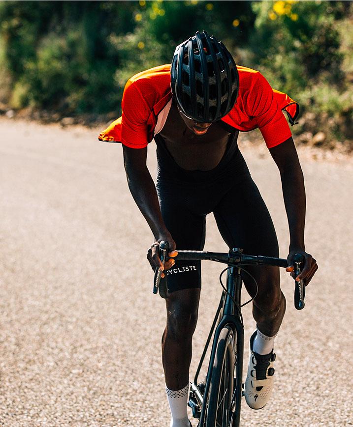 cafedu/cmsbuilder/men-cycling-clothing-block1B-060820_3.jpg