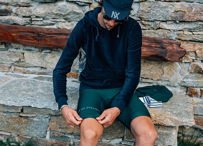 cafedu/cmsbuilder/men-cycling-clothing-block2C_23.jpg