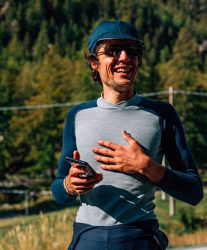 cafedu/cmsbuilder/men-cycling-clothing-block3B_13.jpg