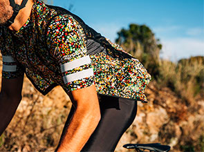 cafedu/cmsbuilder/men-cycling-clothing-block4A-14042021_2.jpg