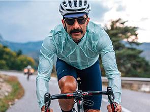 cafedu/cmsbuilder/men-cycling-clothing-block4D-05052021_2.jpg