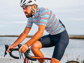 cafedu/cmsbuilder/men-cycling-clothing-block4E-100621_3.jpg