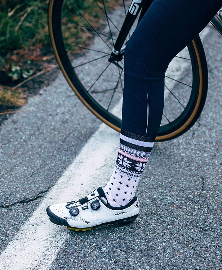 cafedu/cmsbuilder/men-cycling-clothing-block5B_11.jpg