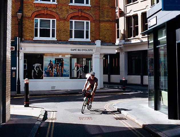 cafedu/cmsbuilder/men-cycling-nissa-180219-11.jpg