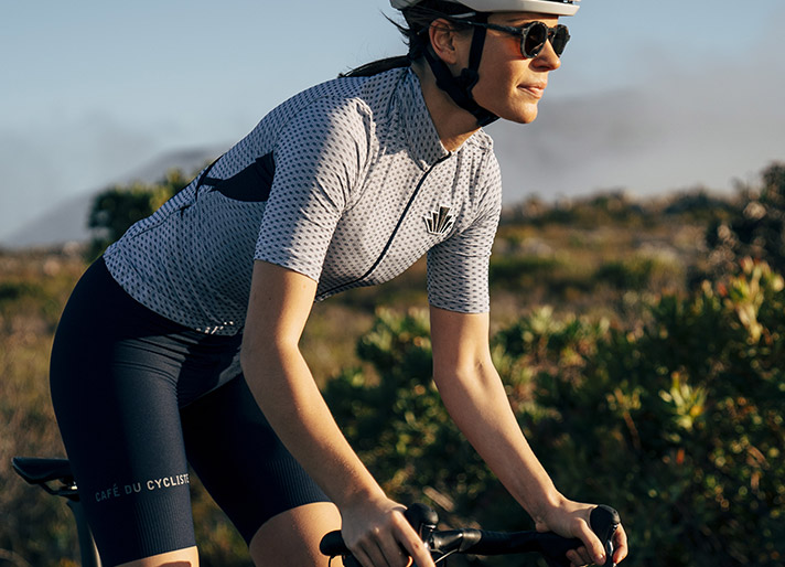 cafedu/cmsbuilder/women-cycling-clothing-block-260620-7C_1.jpg