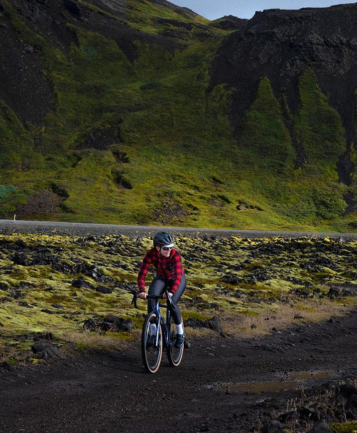 cafedu/cmsbuilder/women-cycling-clothing-block1A-280920_3.jpg
