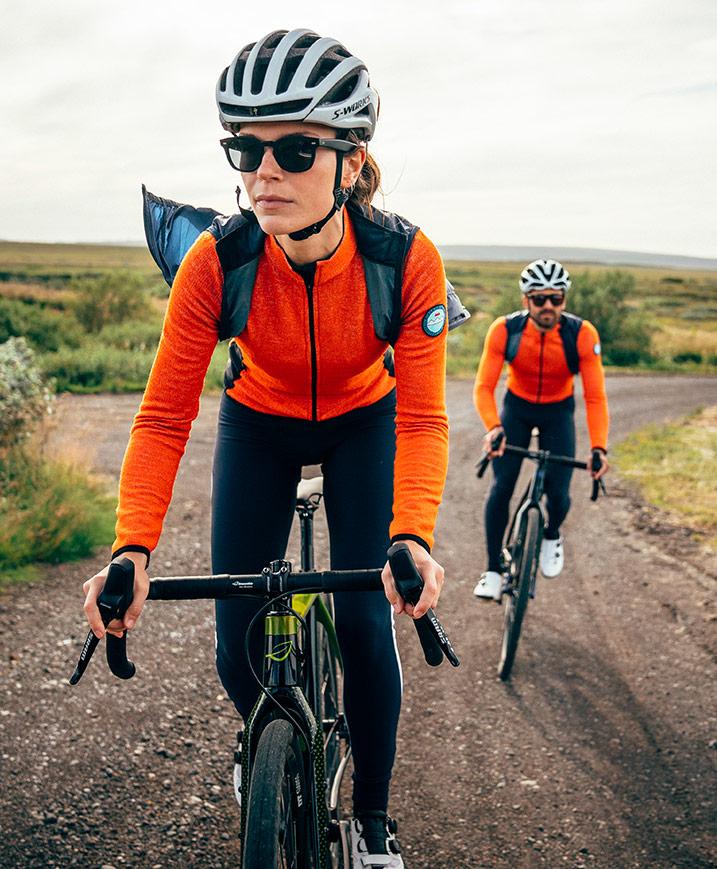 cafedu/cmsbuilder/women-cycling-clothing-block1B-280920_3.jpg
