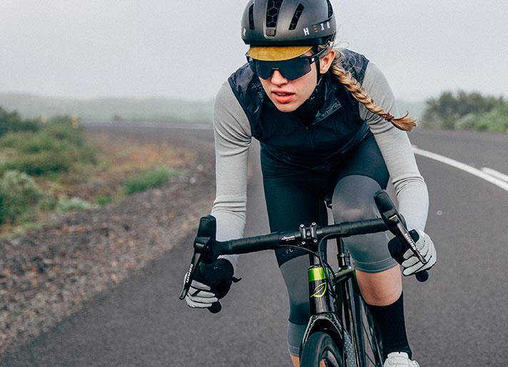 cafedu/cmsbuilder/women-cycling-clothing-block2A-280920_4.jpg