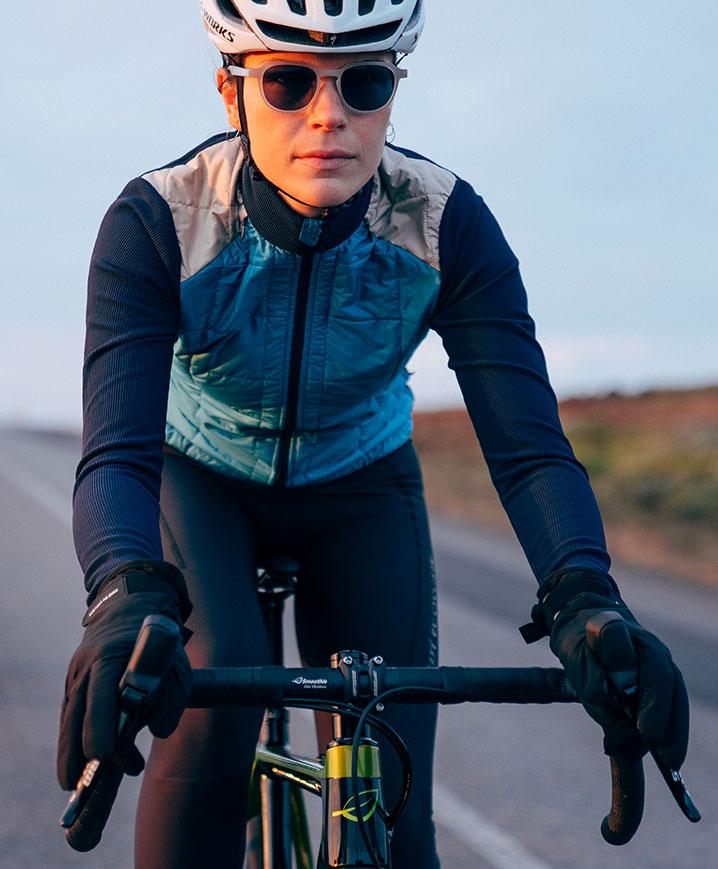 cafedu/cmsbuilder/women-cycling-clothing-block3A-280920_3.jpg