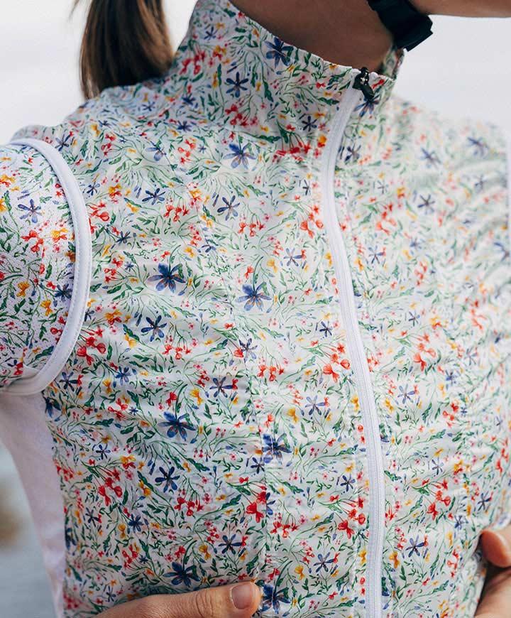 cafedu/cmsbuilder/women-cycling-clothing-block4A-060720_3.jpg