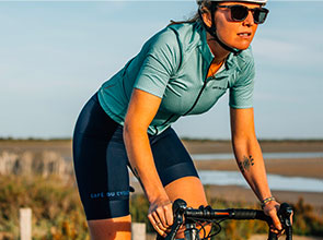 cafedu/cmsbuilder/women-cycling-clothing-block4D-100621_4.jpg