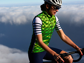 cafedu/cmsbuilder/women-cycling-clothing-block4E-05052021_2.jpg