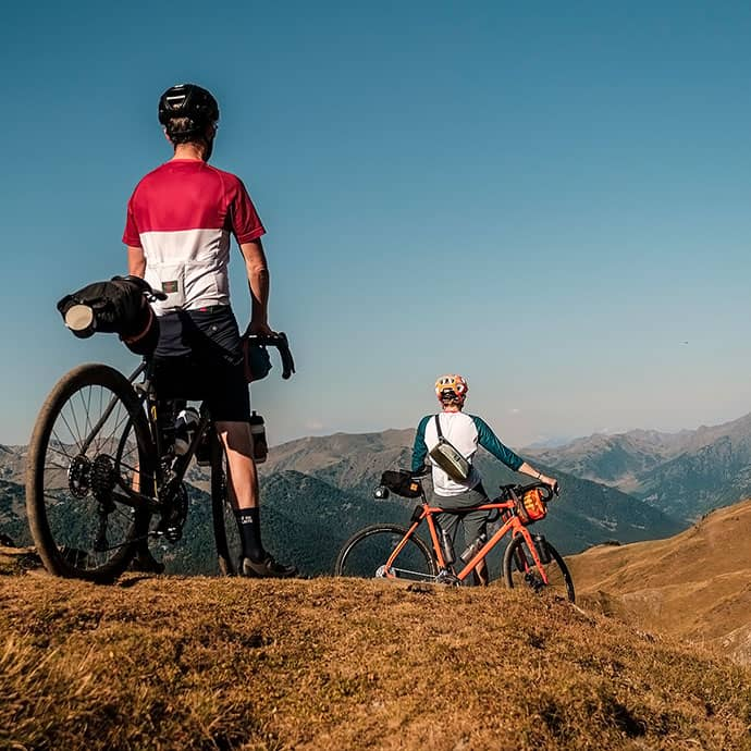 cafedu/cmsbuilder/women-cycling-clothing-block6B-05052021_2.jpg