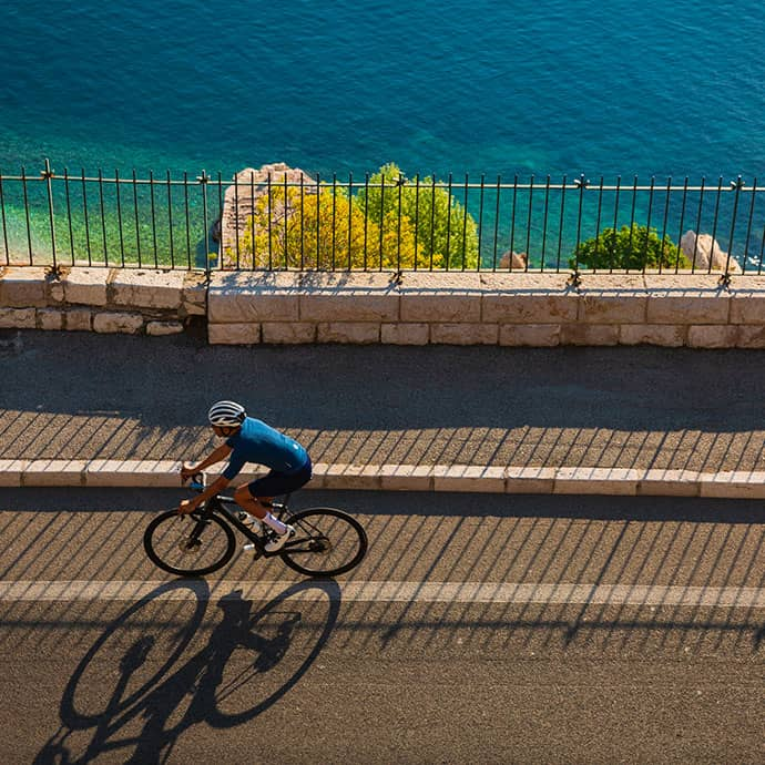 cafedu/cmsbuilder/women-cycling-clothing-block6B-100621_2.jpg