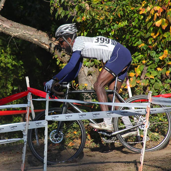 cafedu/cmsbuilder/women-cycling-clothing-block6B-150621_1.jpg