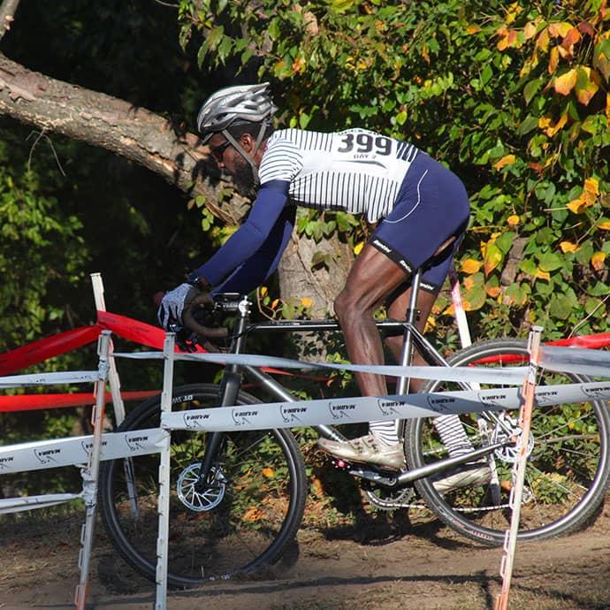 cafedu/cmsbuilder/women-cycling-clothing-block6B-150621_3.jpg