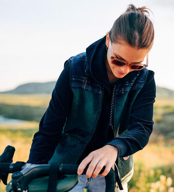 cafedu/cmsbuilder/women-cycling-clothing-block7A_8.jpg