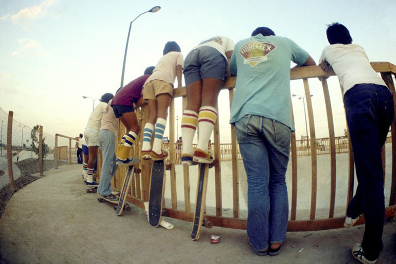 tube_socks_skate