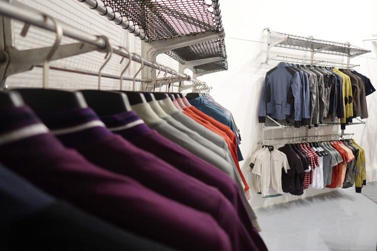 Clothing&Hangers